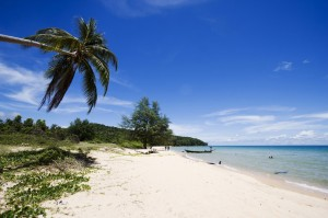 spiaggia su un'isola in cambogia