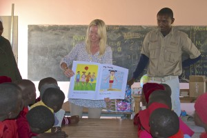 Ngamo School - Library donations reading lessons