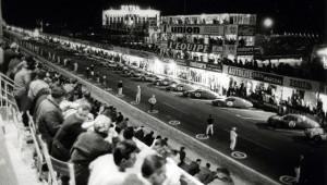 voitures de courses anciennes